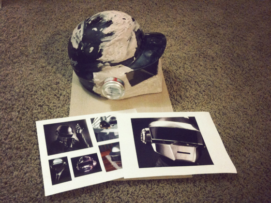 Helmet + soda cans + paper + wood + plaster and some reference photos
