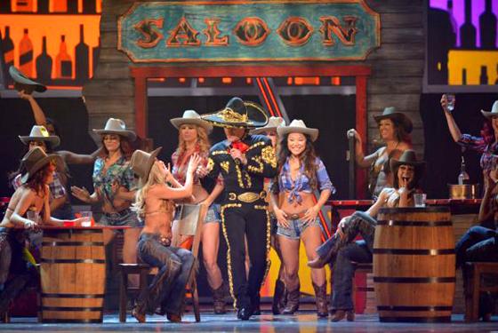 Pedro Fernandez performance - XIII Latin Grammy Awards - Univision Photos