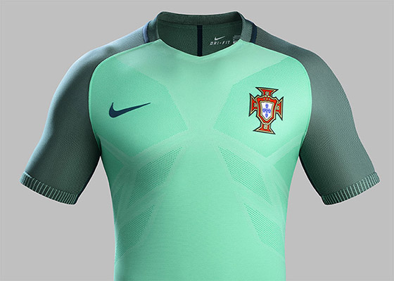 Portugal_2016_National_Football_Kits_Away_original